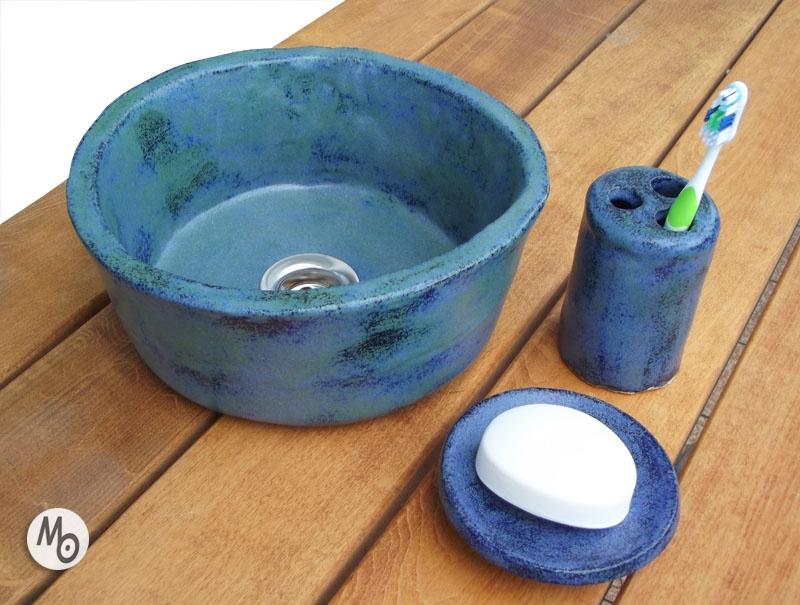 Umywalka +z zestaw łazienkowy z ceramiki w komplecie