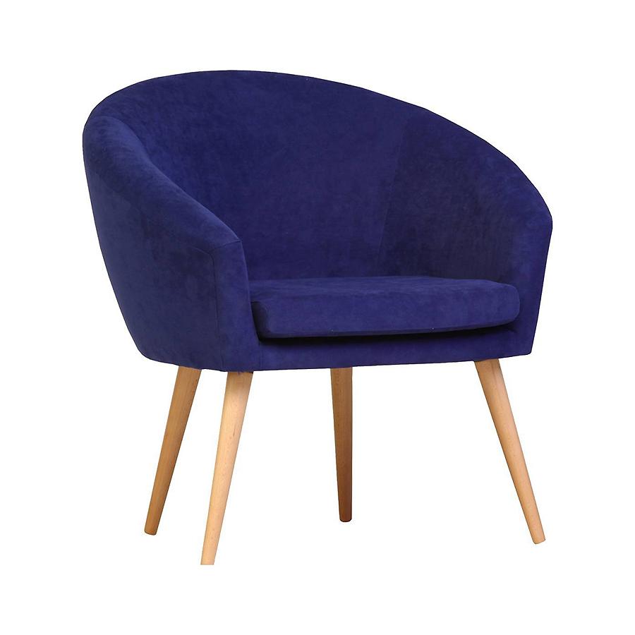 Fotel klubowy na drewnianych nóżkach w stylu skandynawskim