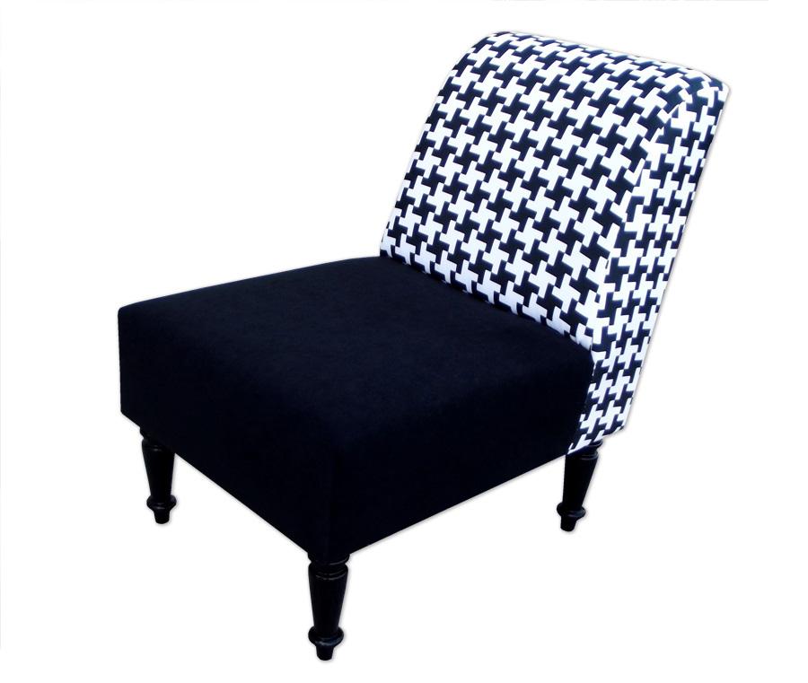 Fotel klasyczny modern - retro tapicerowany tkaniną z motywem pepitki w kolorze czarno-białym